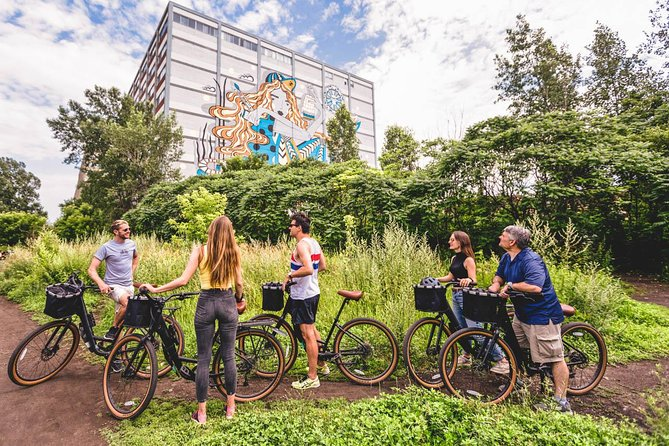 Montreal Bike Tour: Hoods and Hidden Gems