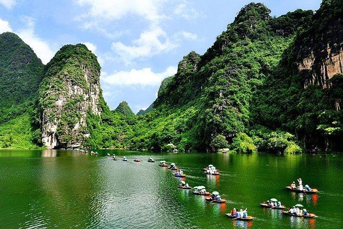 Bai Dinh Pagoda- Trang An Ecotourism Day Tour