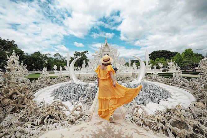 Full Day Chiang Rai White Temple, Blue Temple & Thai Massage/Cabaret Show.