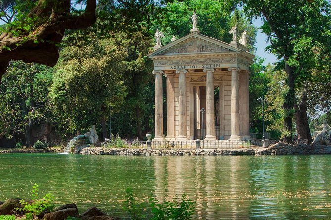"""Villa Borghese"" Rome tour with high quality electric bicycle!"