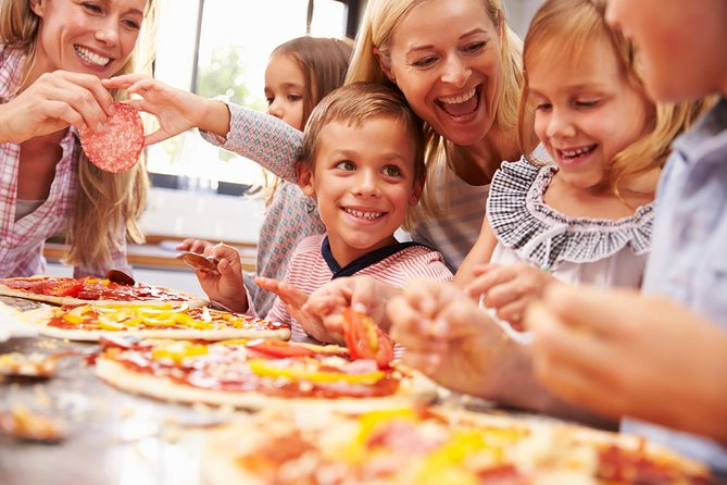 Little Pizzaiolo: Pizza class for all the Family at a Cesarina's home in Lucca
