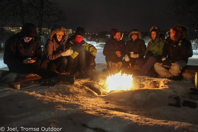 Snowshoe trip with a campfire in Tromso photo 2