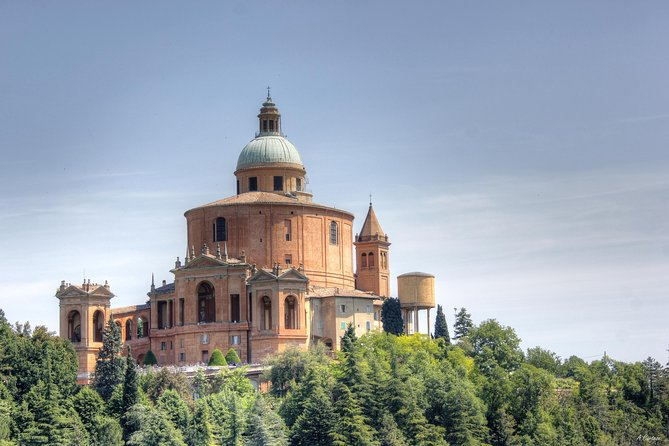 San Luca Experience Tour and Food Tasting