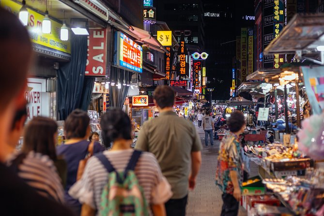 Vibrant Seoul Private Night Tour: Hotspots, Local Life & Bites