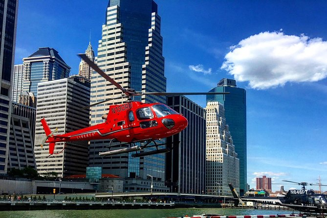 New York City Helicopter Tour and Luxury VIP Stretch Limo