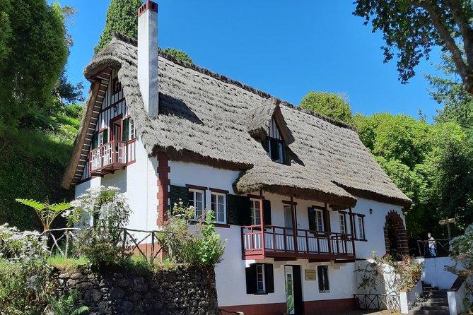 Serviço Privado Museu da Casa Tradicional da Madeira - Meio Dia (Santana)