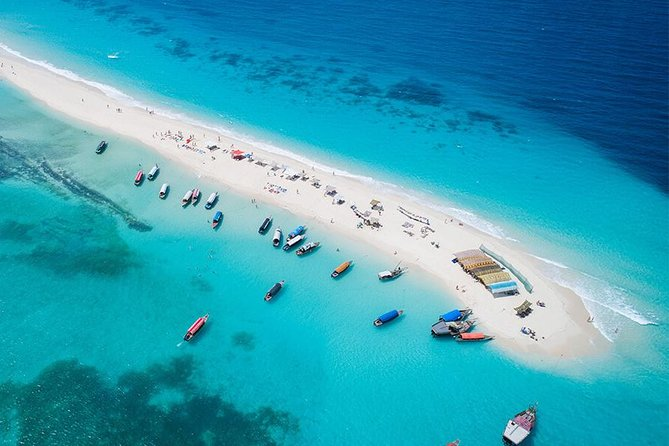 Sandbank Picnic by the door tours and travel