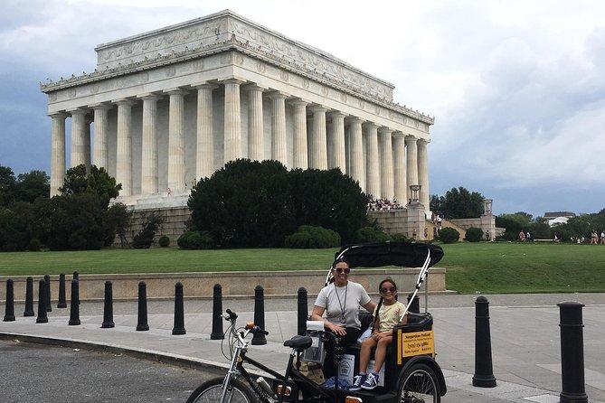 Essential Monument & Memorials Tour