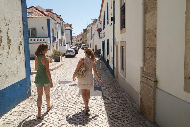 Lisbon to Ericeira in German, private and with locals (NEW)