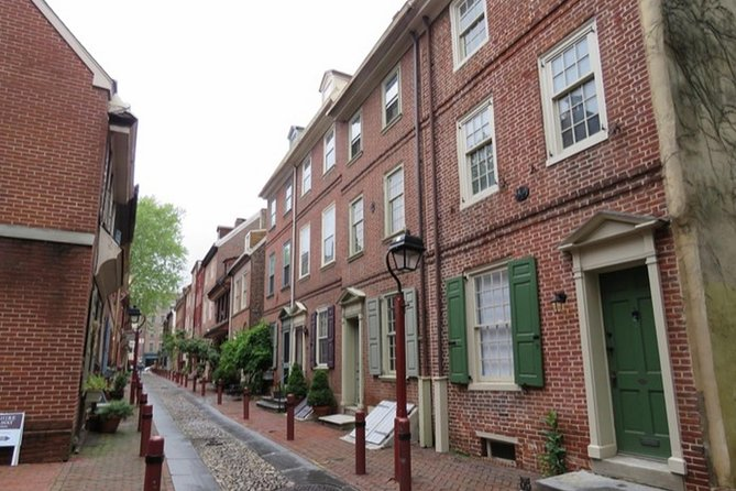 Spirits of Our Founding Fathers Walking Tour