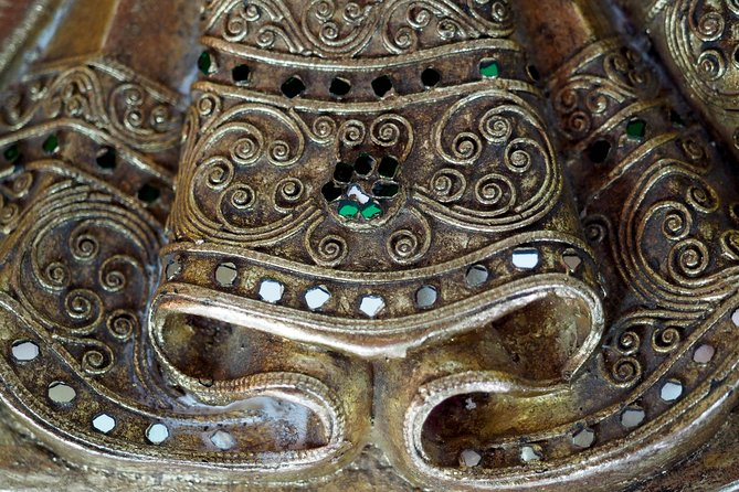 Burmese Antiques Heritage Shopping Tour photo 4