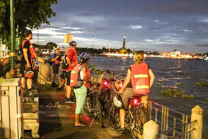 Bangkok's Popular Night Bike Tour