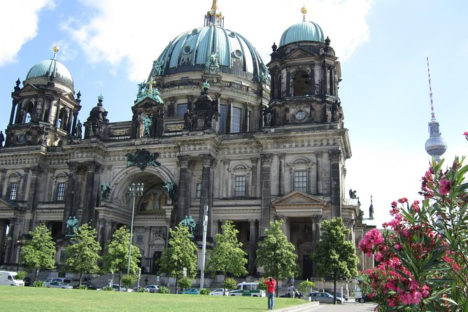 Berlin's Centre - Explore the city's modern history with this audio walking tour
