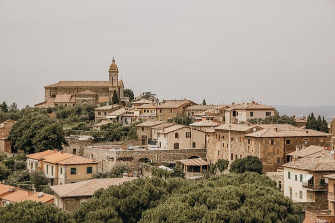 Small-Group Tuscany Day Trip from Rome with Hill Towns and Castles