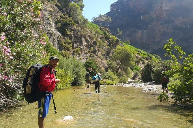 Chefchaouen highlights waterfalls of Akchour