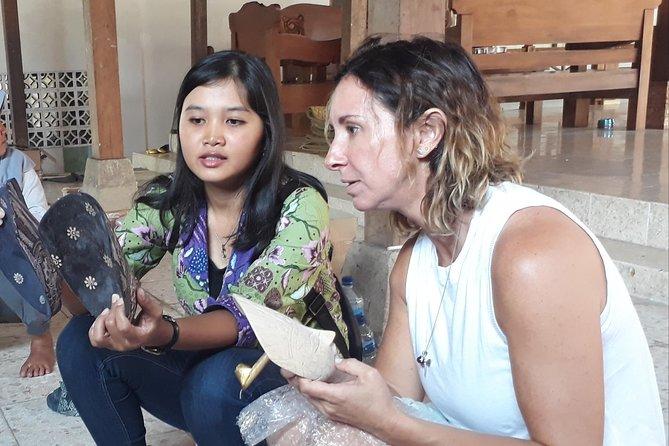 Batik Wood Class with Sesawi Tour