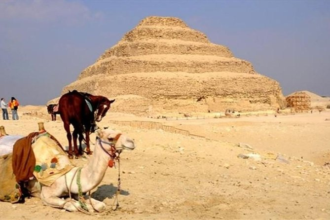 Day Tour Giza Pyramids Sphinx Memphis and Saqqara