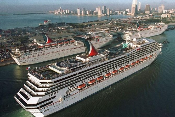 Transportation Service - Port of Miami to Miami Airport and surroundings