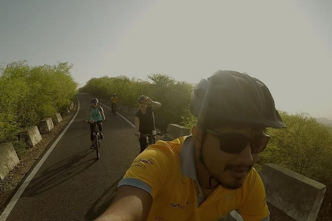 Cycle Under Shining Sky - An Evening Cycling Tour photo 6