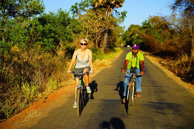 Sigiriya Cycle Tour: Explore Village Life in Sigiriya & Enjoy a Village Lunch