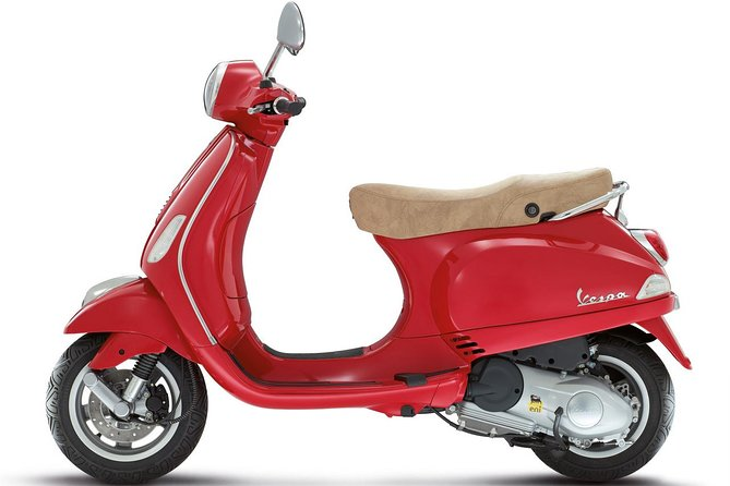 Full-Day Vespa and Scooter Rental in Rome