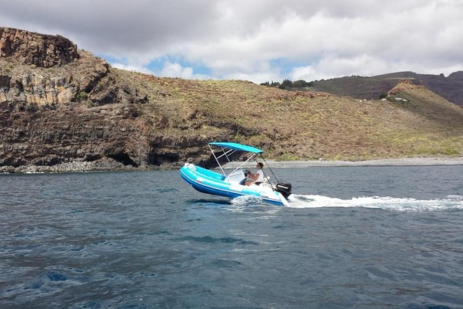 4-hour Boat Rental in Valle Gran Rey no licence required photo 3