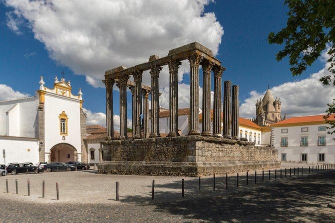 Privat rundvisning i det romerske tempel af Evora, kapel af knogler, katedral ..