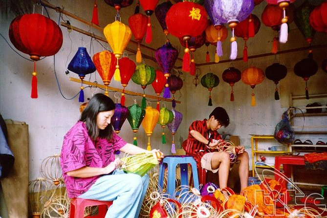 Lantern Making, Basket Boat and Local Food