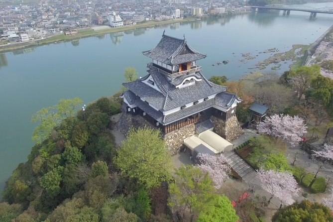 Half-day Inuyama Castle & Town Tour with Licensed English Guide (From Nagoya)
