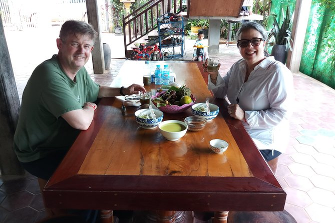 Go to local house,Cook with local,Enjoy eating with local in Siem Reap