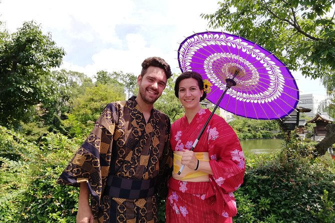 Get you dressed in Kimono and taste sake and go to the photo spot. photo 9