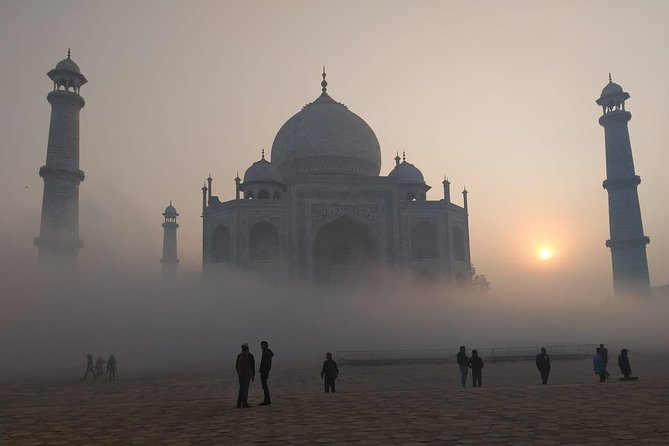 Private Sunrise Tour of Taj Mahal by AC car from Delhi to Agra - All inclusive