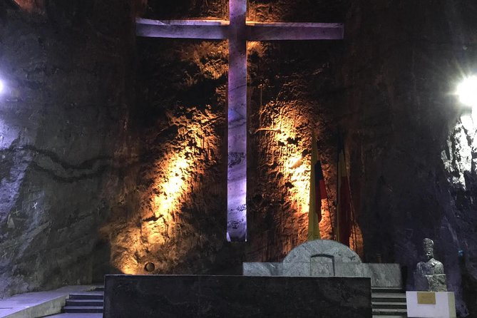 Salt Cathedral and Andres - Day tour. photo 3