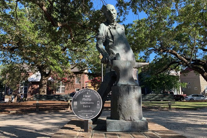 Seven Eras of Slavery History & Museum Tour in Charleston