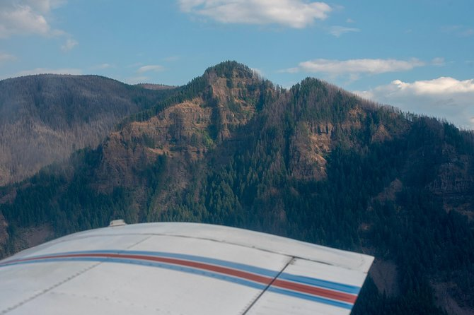 30-minute Multnomah Falls & Columbia Gorge Air Tour photo 10