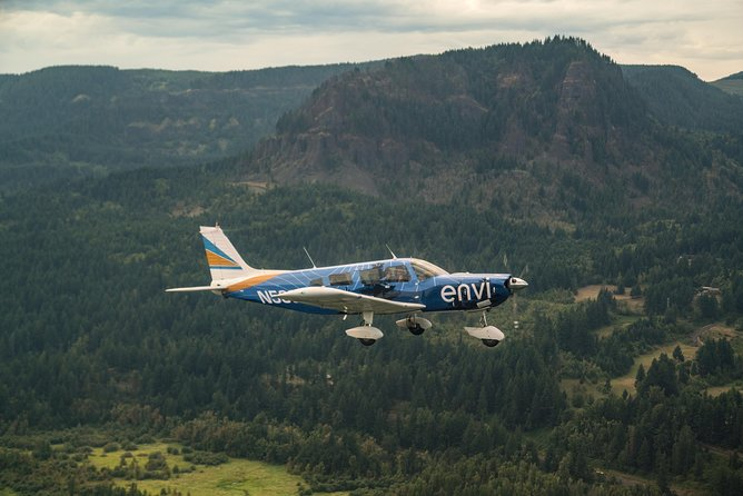 30-minute Multnomah Falls & Columbia Gorge Air Tour photo 2
