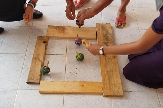 Play and build Mayan games in Merida