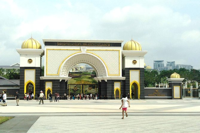 Kuala Lumpur Cruise Excursions from Port Klang for KL City Tour
