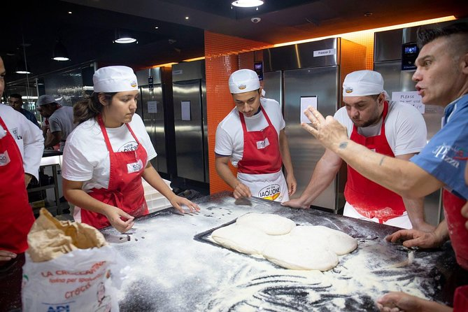 Authentic Italian Artisan Pizza Making for Commercial Cooks