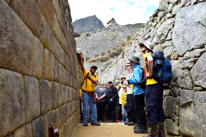 Private Tour, Full Day Machu Picchu with Lunch photo 2