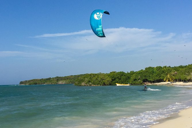 Private Kitesurfing Lessons with Photo - Video Recording and Snacks on the Beach