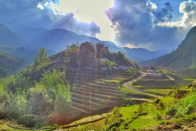 Best Sapa 2 Days 1 Night with Luxury Limousine 9 Seater-Nature & Culture Explore