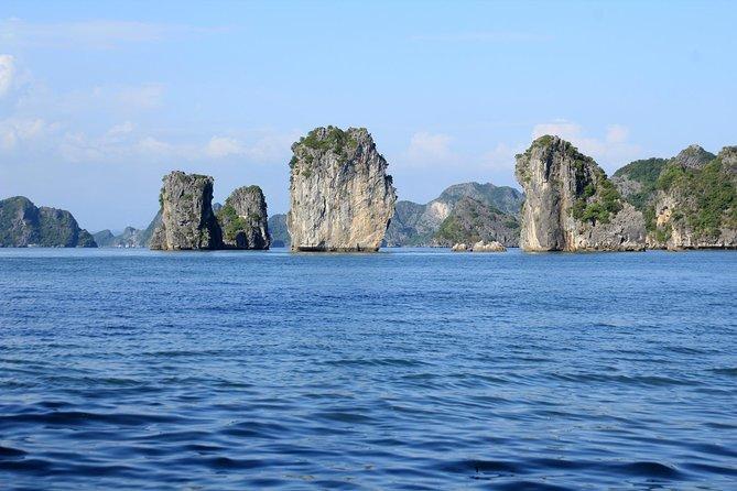 Lan Ha Bay Cruise 2D/1N small group: Kayaking, Swimming at the pristine places