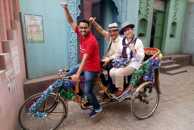 Bollywood For All Group Half Day Tour Including Transport