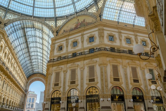 Discover the elegant, chic and hidden part of Milan with Corso Venezia tour!