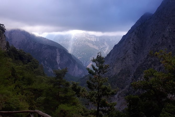 SAMARIA GORGE adventure by local guide.
