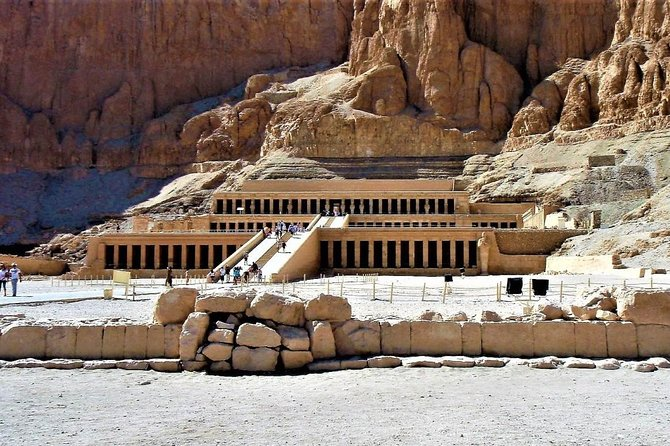 Day Tour to East and West bank of Luxor with Lunch