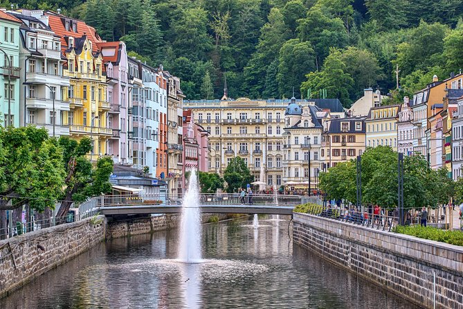 KARLOVY VARY & visit of MOSER Glass Factory 8 hrs by minivan MB V or Sprinter