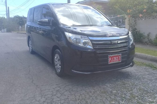 Montego Bay Airport To Jewel Dunn's River Private Transfer