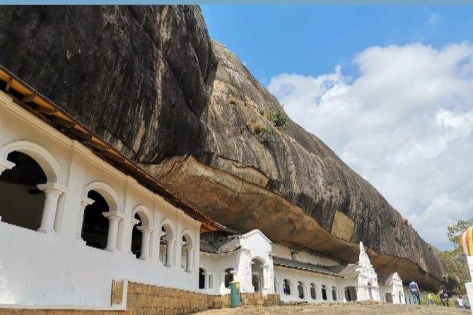 Kandy and sigiriya day tour